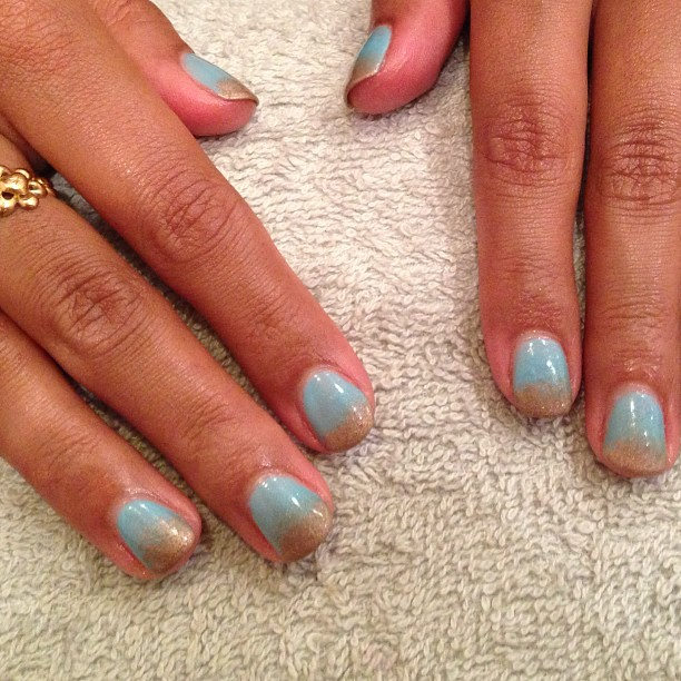 nails by natalie rose london  Azure Wish by CND Shellac sparkle sea sand manicure