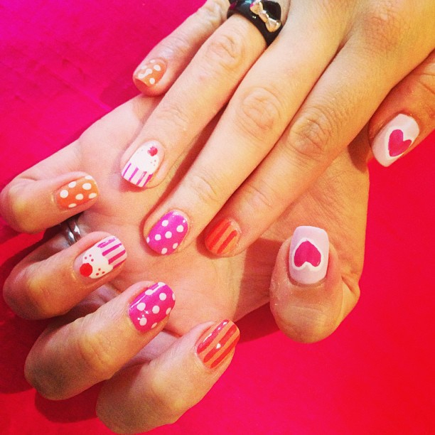 nails by natalie rose london cupcakes pinks and oranges polka dot hearts manicure