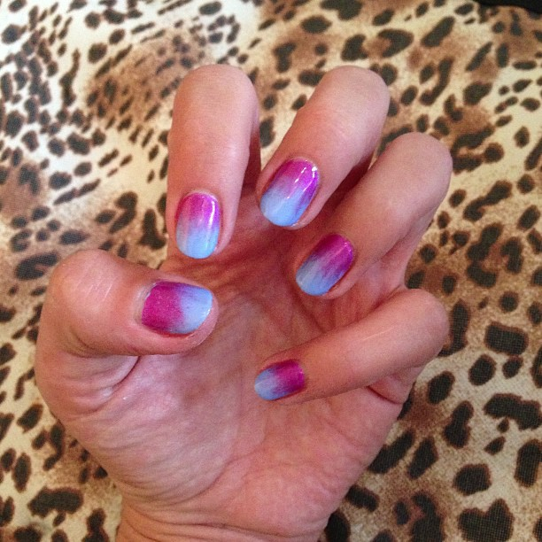 nails by natalie rose london Jessica GELeration True Blue with the CND additives called Haute Pink manicure