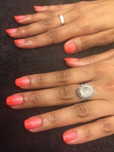 nails by natalie rose london mobile nail technician manicure pedicure coral and orange ombré