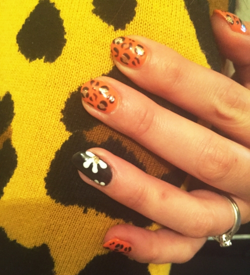 nails by natalie rose london mobile nail technician manicure pedicure glastonbury glasto  Bright pink leopard print and black flowers