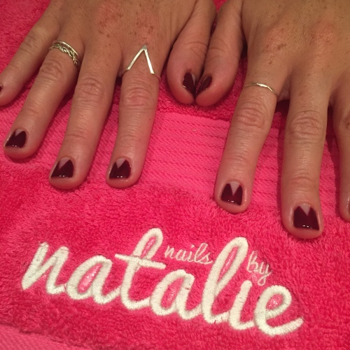 nails by natalie rose london mobile nail technician manicure pedicure Negative space nail art bourgeois babe