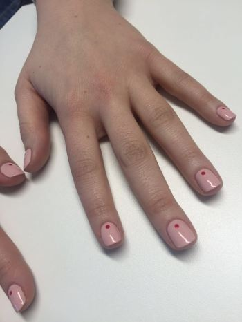 nails by natalie rose london mobile nail technician manicure pedicure valentines pink