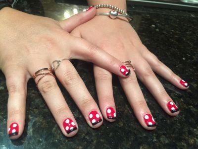 nails by natalie rose london mobile nail technician manicure pedicure minnie mouse
