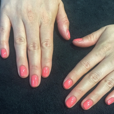 nails by natalie rose london mobile nail technician manicure pedicure Coral reef