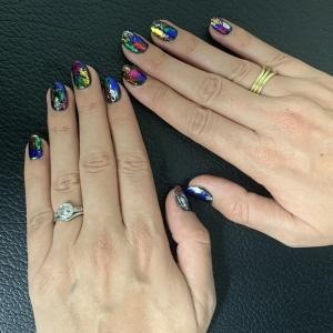 nails by natalie rose london mobile manicures festive foil nail